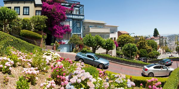 Mietwagen in San Francisco buchen - Lombard Street in San Francisco