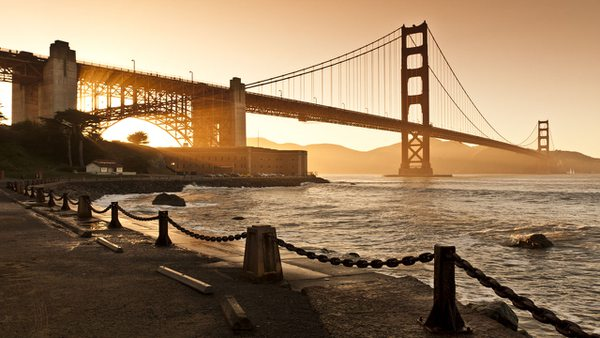 Hotel San Francisco: Golden Gate Bridge im goldenen Abendlicht